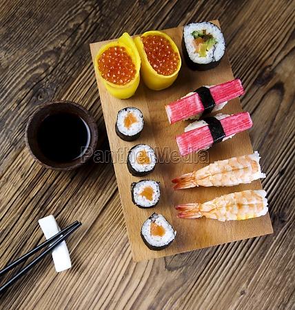 sushi traditionelle japanische kueche