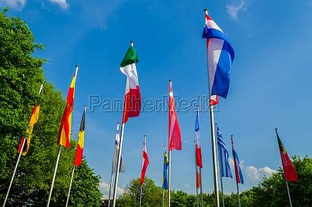 flaggen verschiedener staaten
