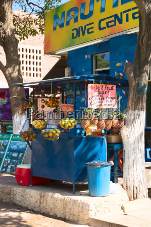 fruit juice stand in taganga colombia