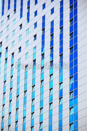 lawka bank niebieski szklo kubek kielich