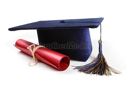graduierung hut und diplom isoliert auf