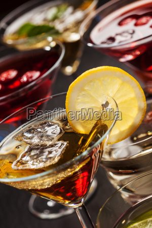 party cocktails und longdrinks fuer den