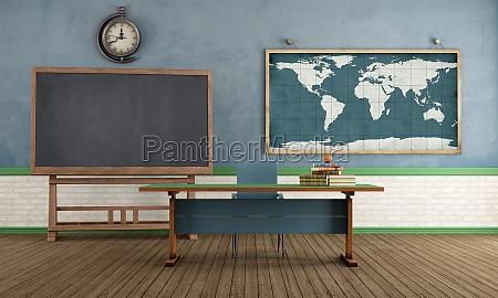 retro klassenzimmer ohne studenten