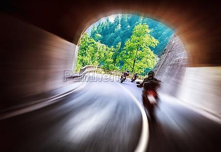 bikers tour entlang europa