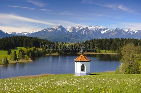 panorama landschaft in bayern mit