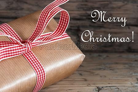 weihnachtsgeschenk mit merry christmas text