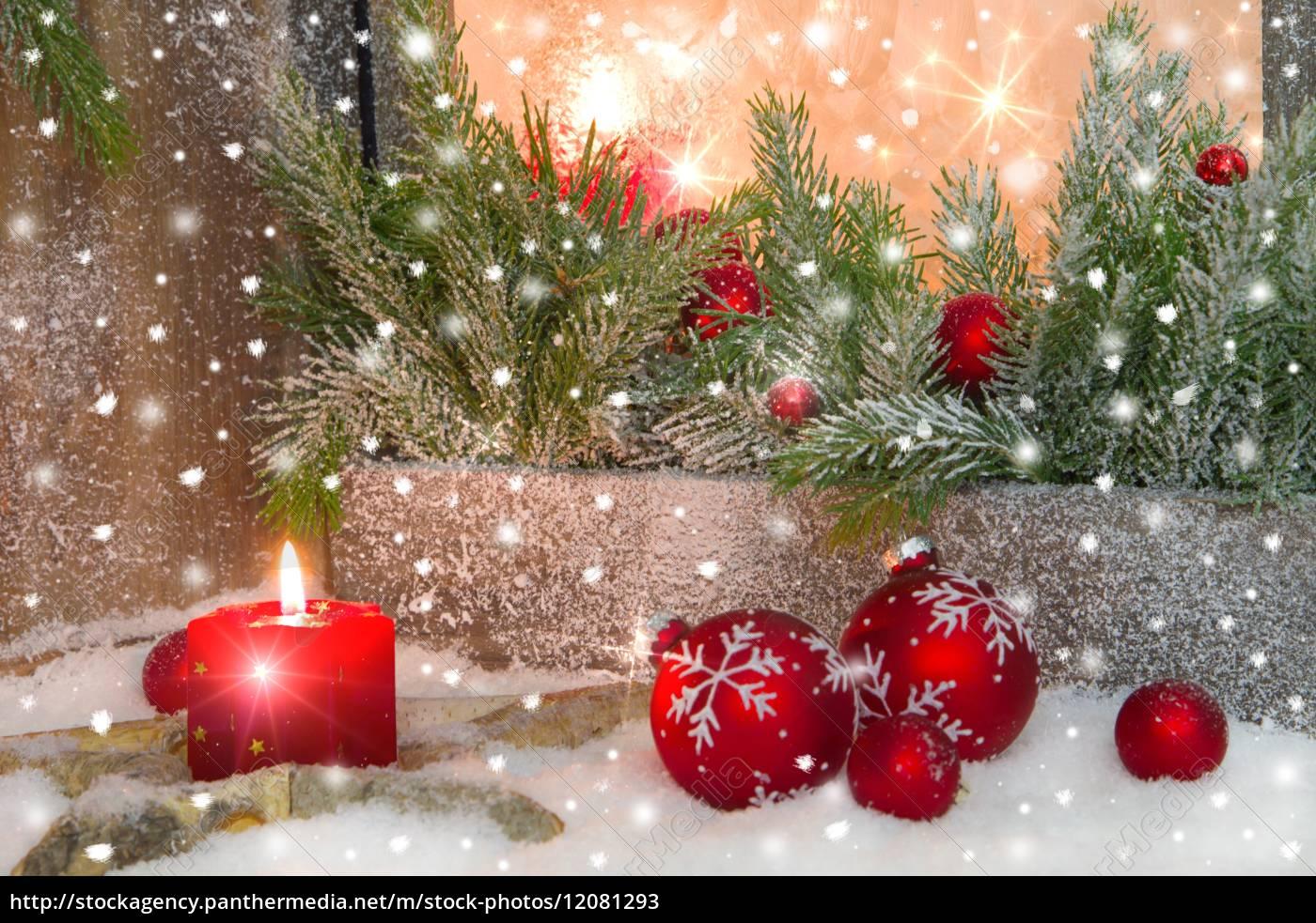 rustikale laterne mit kerzenlicht für weihnachten - - Lizenzfreies ...