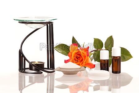 raumbeduftung mit duftlampe und duftsteinen