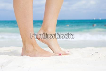 frau beine blau schoen aesthetisch schoenes