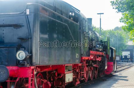 abfahrt einer dampf lokomotive