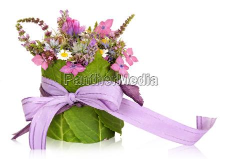 flower arrangement table decoration present
