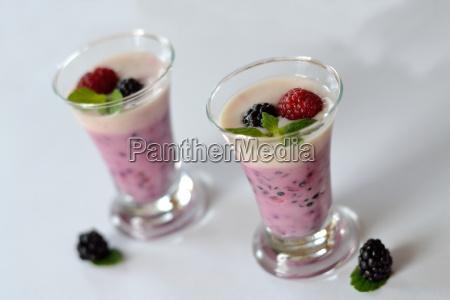 delikates, fruchtjoghurt - 12376678