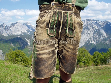 mann manner lederhosen lederhose tracht mode