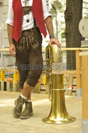 mann, männer, lederhosen, lederhose, tracht, mode, steiermark, brauch, brauchtum, volkskultur - 12381270