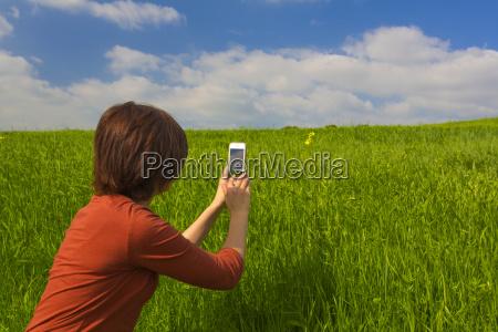 hand haende feld foto fotocamera fotoapparat