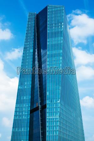 europaeische zentralbank hauptgebaeude in frankfurt am