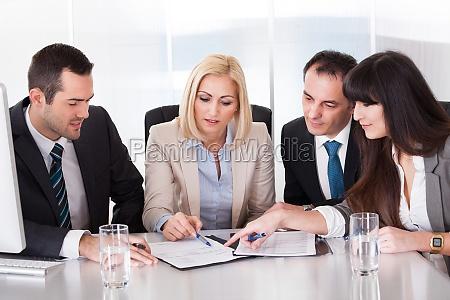 portraet des business teams