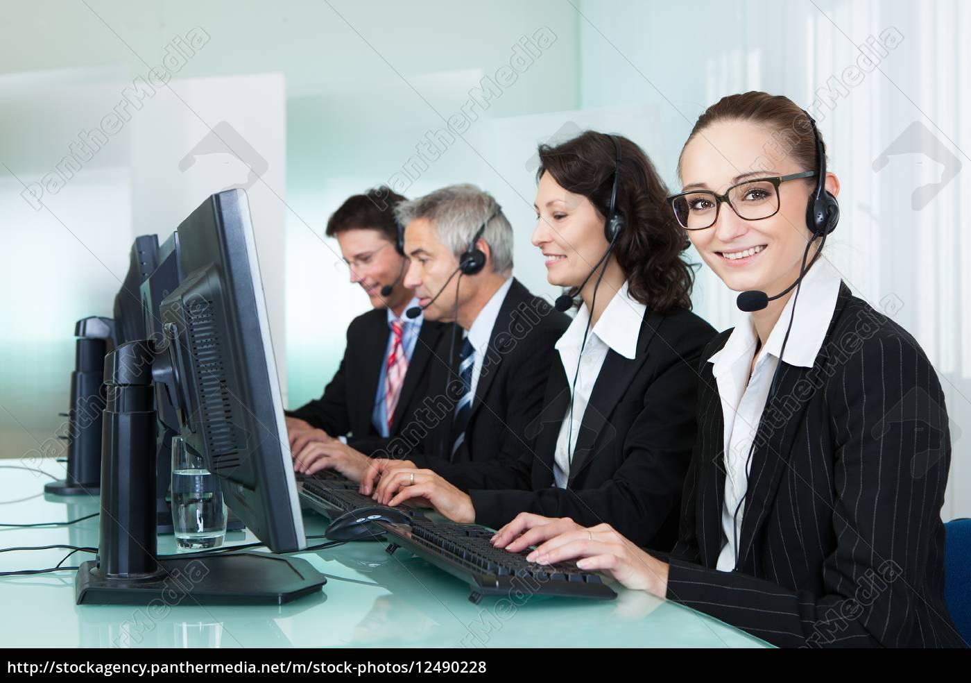 call, centre, operators - 12490228