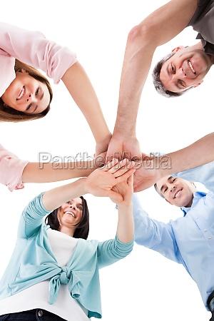 hand uebereinander gestapelt