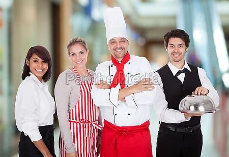 gruppe restaurant staff
