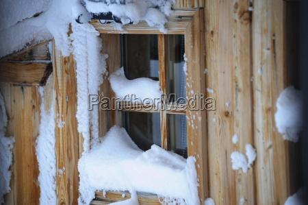 fenster licht winter schnee warmedammung heizen