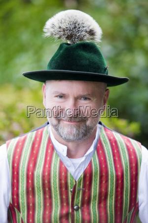 portrait eines bayerischen mannes