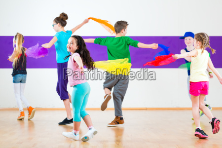 children train in dance school