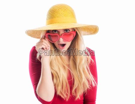 frau, mit, sommerhut, und, sonnenbrille - 12624960