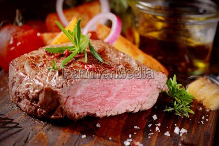 tenera succulenta bistecca al sangue di