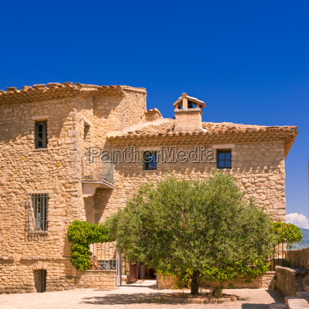 village in provence