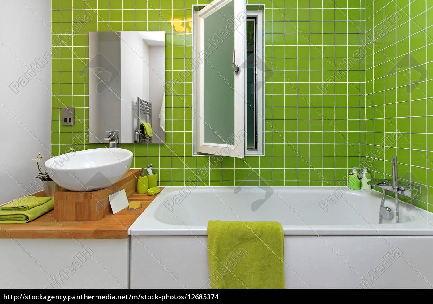grünes badezimmer   Stockfoto   20   Bildagentur PantherMedia