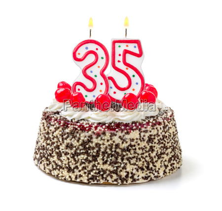 torta de cumpleanyos con la vela