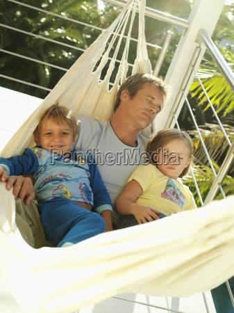 vater und kinder 5 8 entspannen