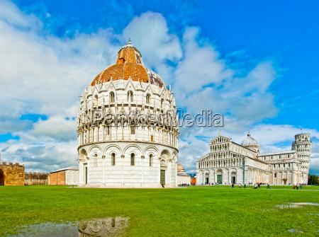 pisa italien baptisterium dom und