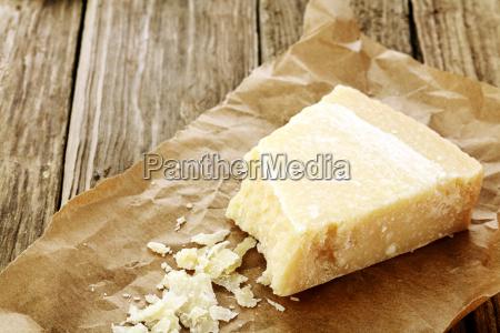 kamm von parmigiano reggiano kaese