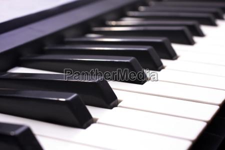 piano key nahaufnahme schuss