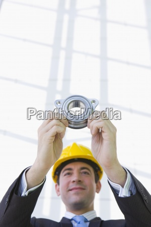 engineer in suit and hard hat