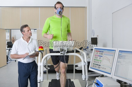 deportivo cientifico monitorizacion corredor mascara treadmill