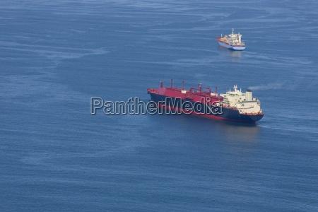 veduta aerea della nave da carico