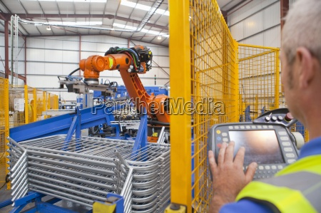 arbeitskraftbetriebs roboter maschinen in der fabrik