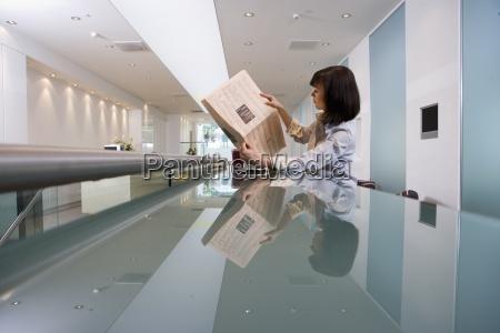 mujer diario tageblatt perfil personas gente