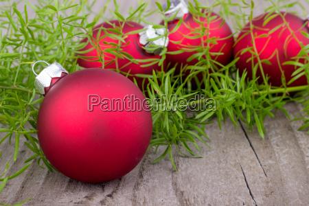 tafel winter holz weihnachtszeit christmas baelle