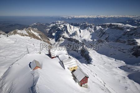 schweiz kanton appenzell ausserrhoden verschneite berggasthaeuser