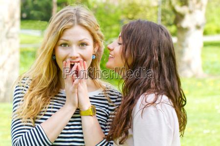 Wahnsinn Unter Freundinnen