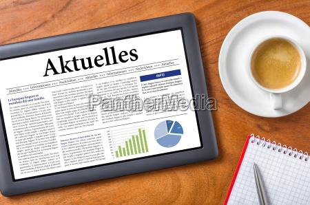 tablet auf schreibtisch aktuell