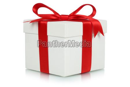 geschenk mit schleife fuer geschenke an