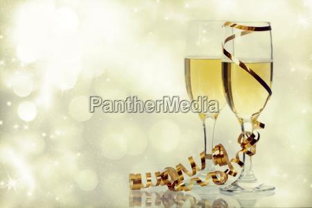 champagnergläser, gegen, weihnachtslichter - 13108704