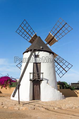 windmuehle in antigua auf fuerteventura