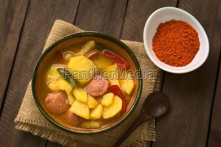 ungarische paprikas krumpli kartoffel mit paprika