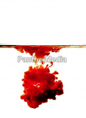 blut blutig rot wasser bluten farbe